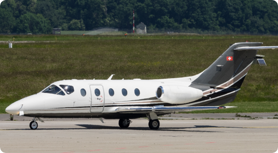 Hawker 400 BE40